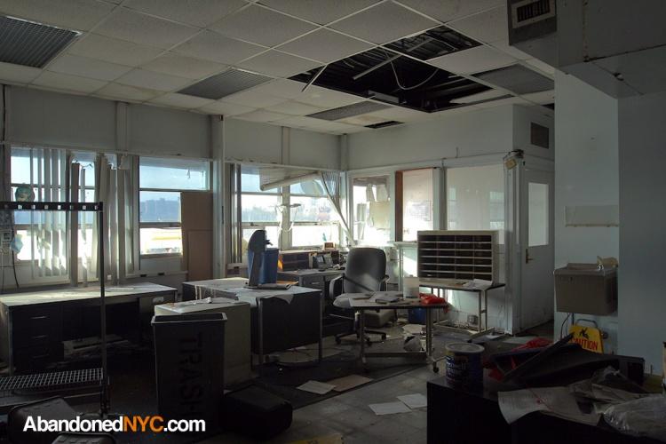 Office_Domino Sugar Refinery_3527