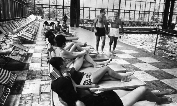 The Grossinger's Hotel Pool in 1967.