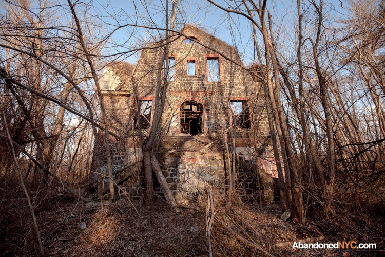 Most Haunted Places On Staten Island