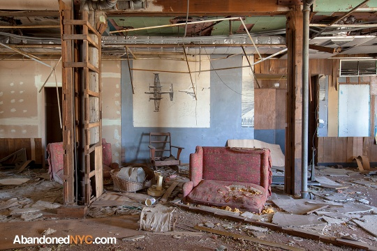 Baracks Interior_Floyd Bennett Field_0222_1080