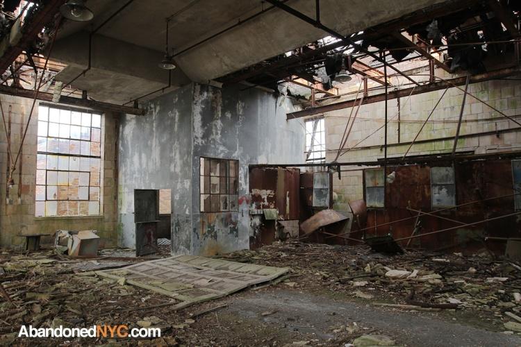 Garage_Floyd Bennett Field_2830