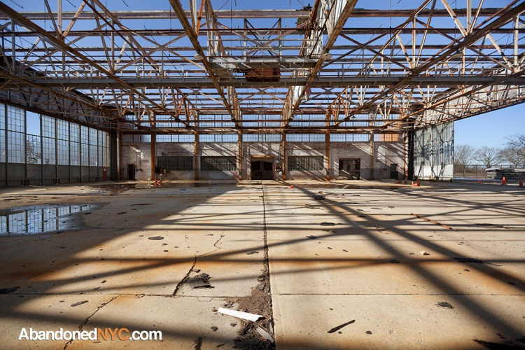 Hangar Interior_Floyd Bennett Field_0012_1080