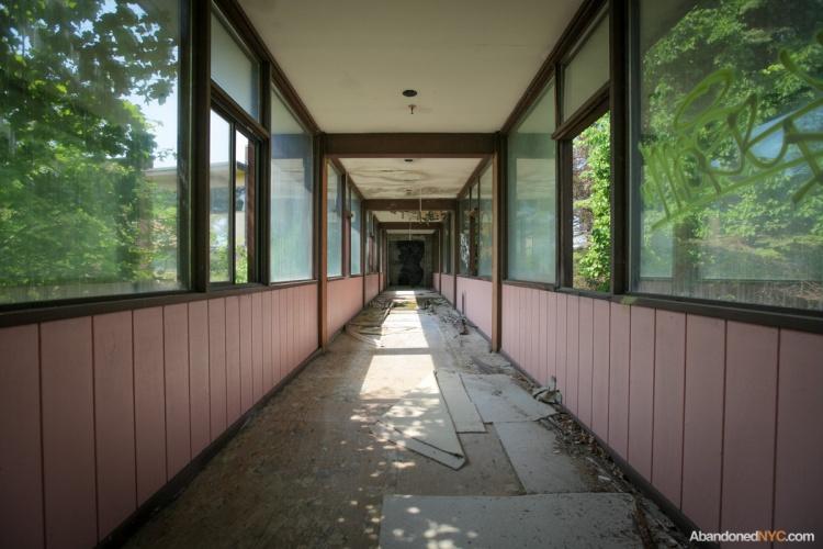 AbandonedNYC-Grossinger's Resort-7958