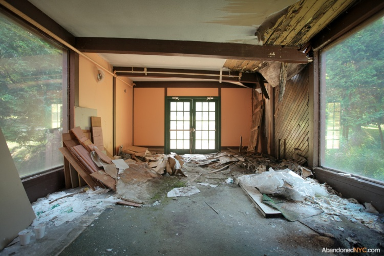 AbandonedNYC-Grossinger's Resort-7966