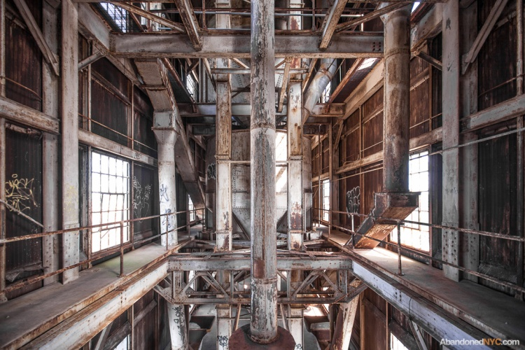 Abandoned NYC_Red Hook Grain Terminal_Will Ellis-014