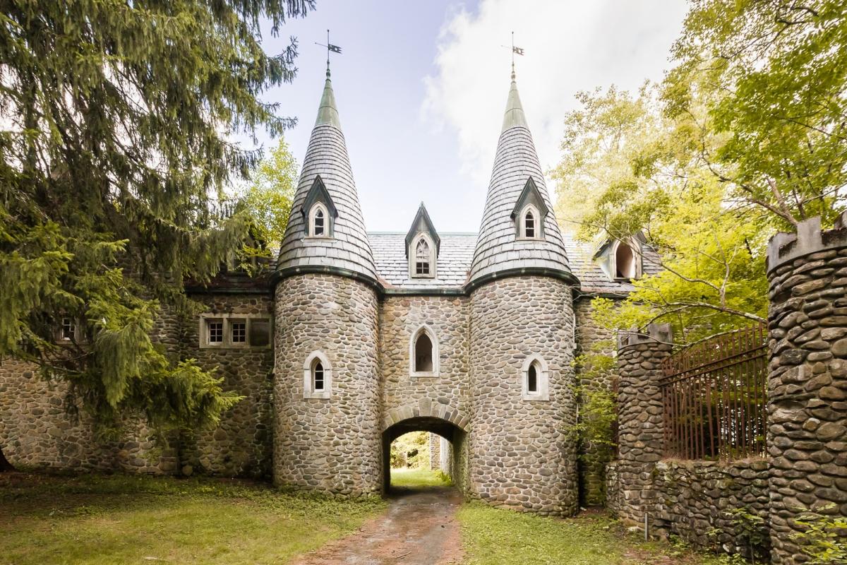 Snooping In Storybook Castle Abandonednyc