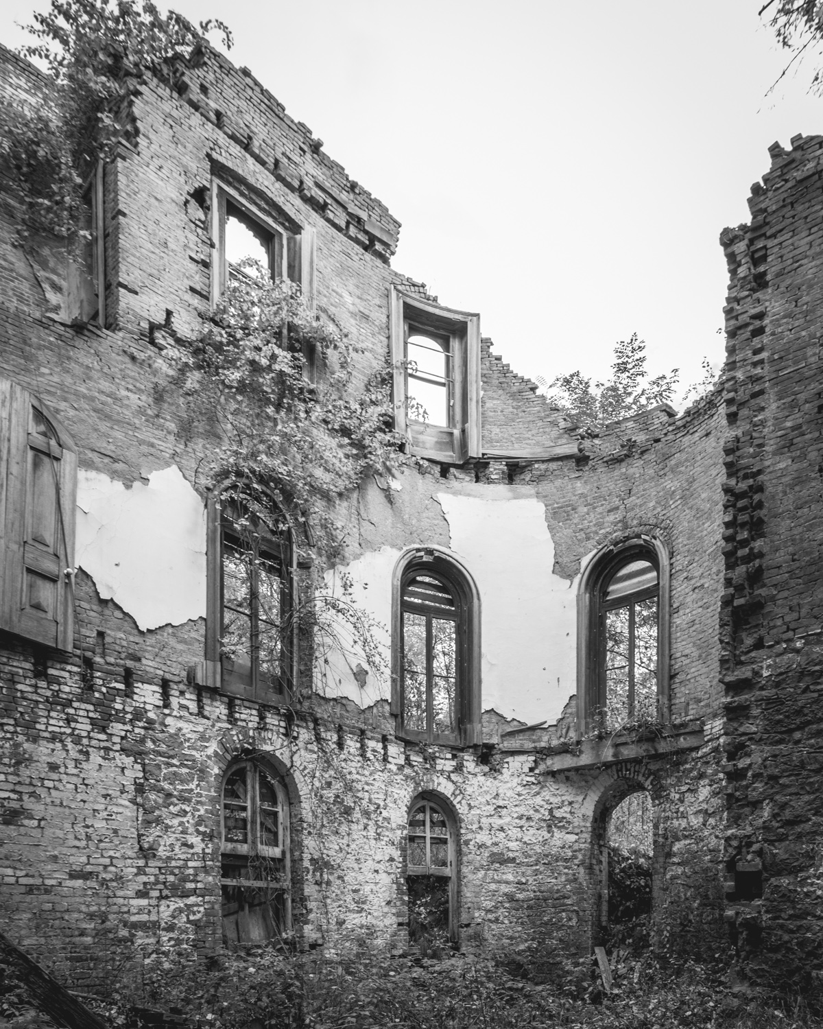 The Haunting Of Wyndclyffe Mansion Abandonednyc