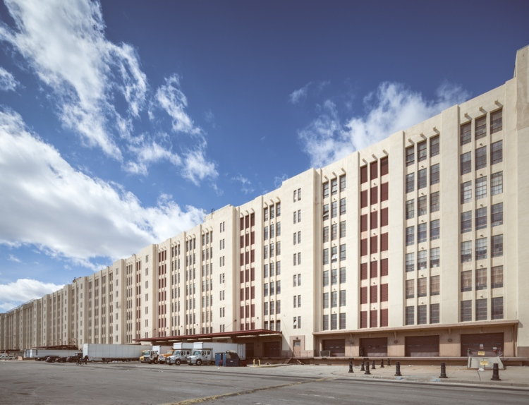 The Brooklyn Army Terminal's Building B stretches toward the horizon.