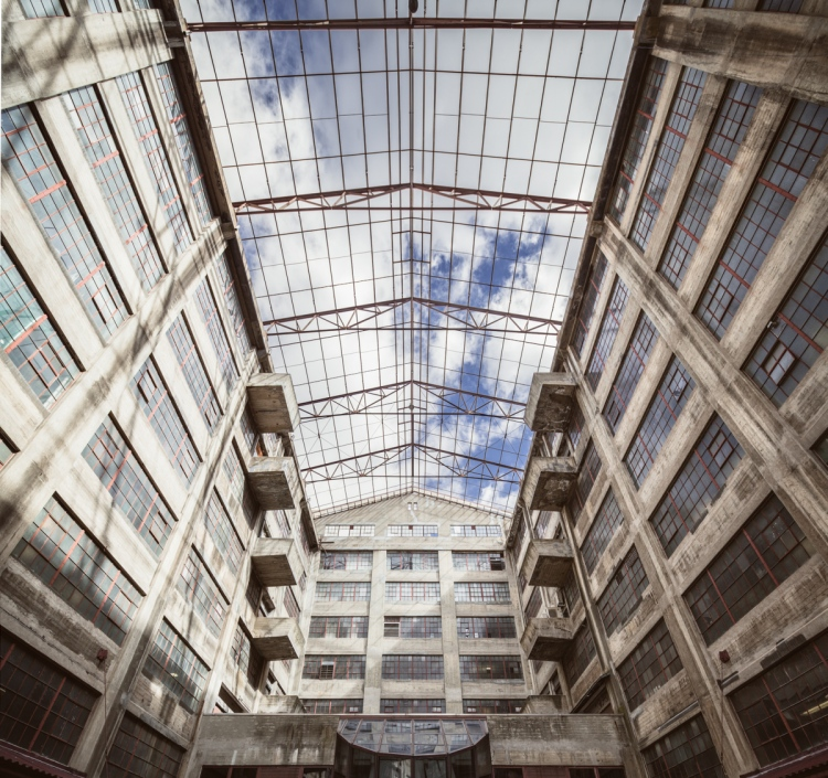 The glass ceiling was removed in the 1980s due to the high cost of maintenance.