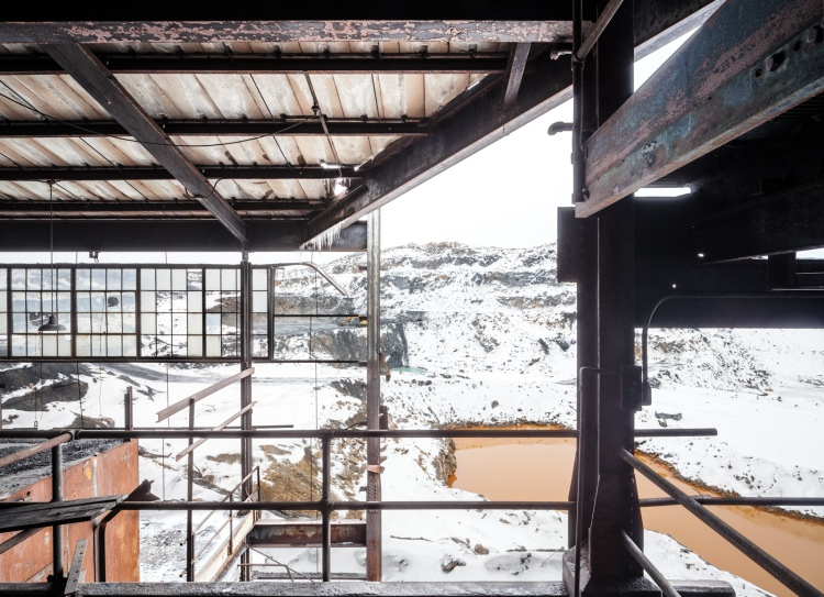 Otherworldly views of the frozen coal fields outside the breaker.