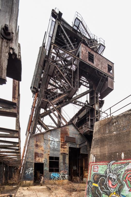 Abandoned NYC_McMyler Coal Dumper_Will Ellis-10